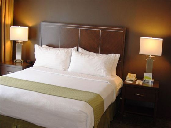 King Guestroom at Holiday Inn Hotel & Suites Anaheim