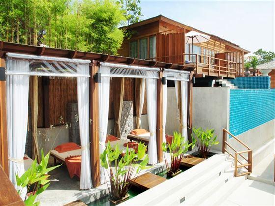 Outdoor Thai massage salas at KC Resort
