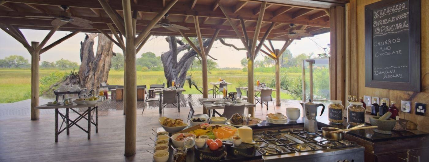 andBeyond Xudum Delta Lodge dining area