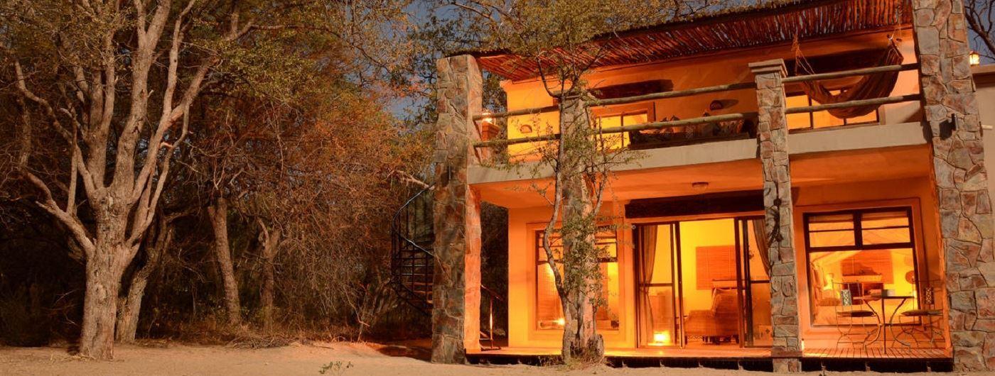 Camelthorn Lodge villa exterior