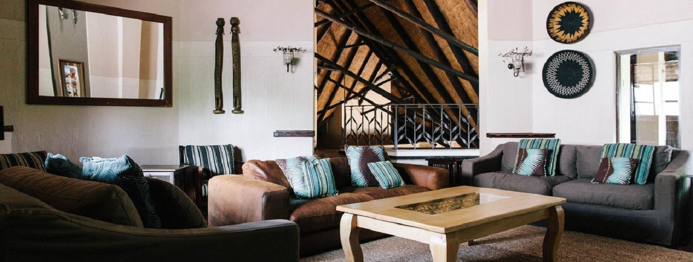 Chilo Gorge Safari Lodge lounge area