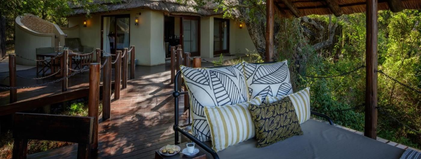 Jock Safari Lodge private day bed
