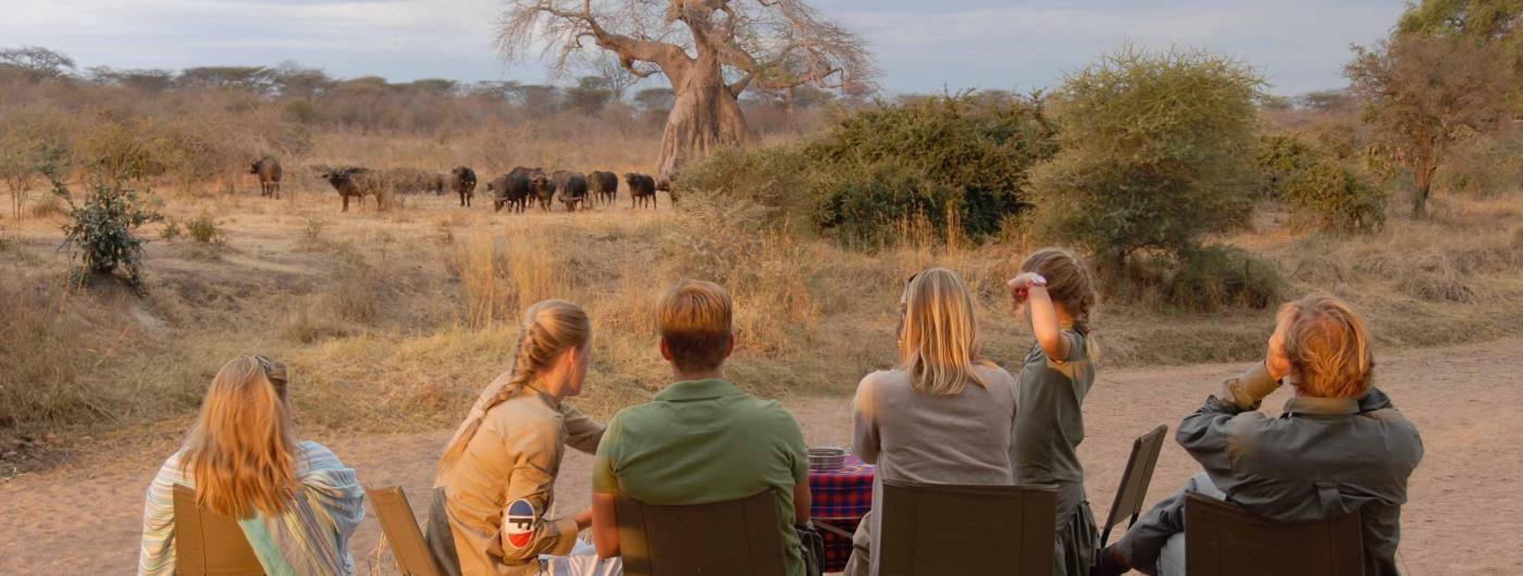 Jongomero Safari Camp bush sundowners