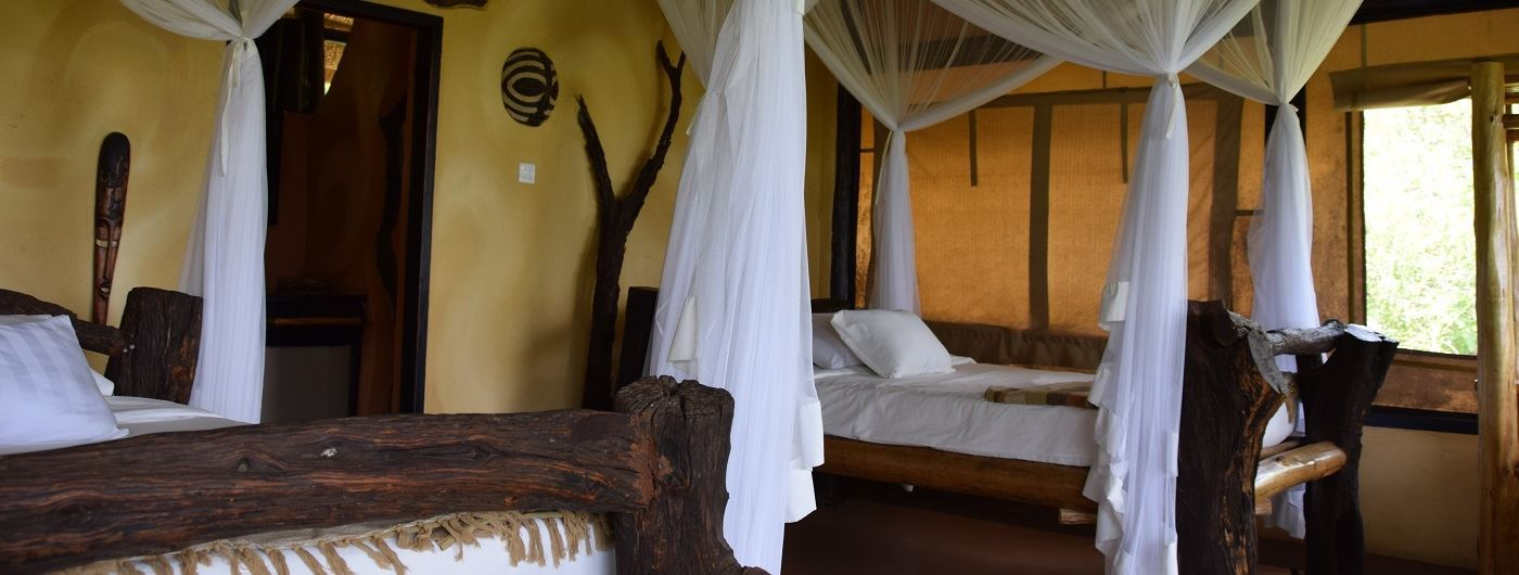 Kyambura Game Lodge twin room