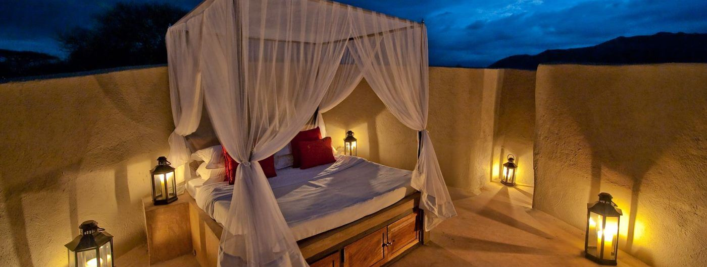 Ol Donyo Lodge star bed