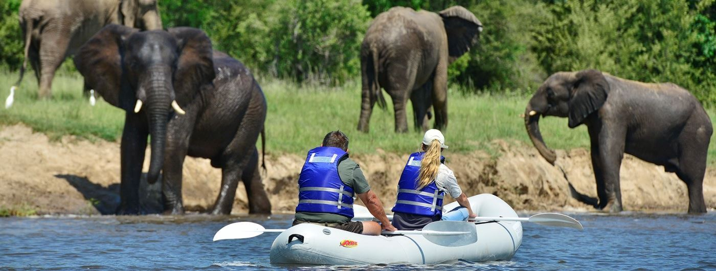 Victoria Falls River Lodge canoeing safari