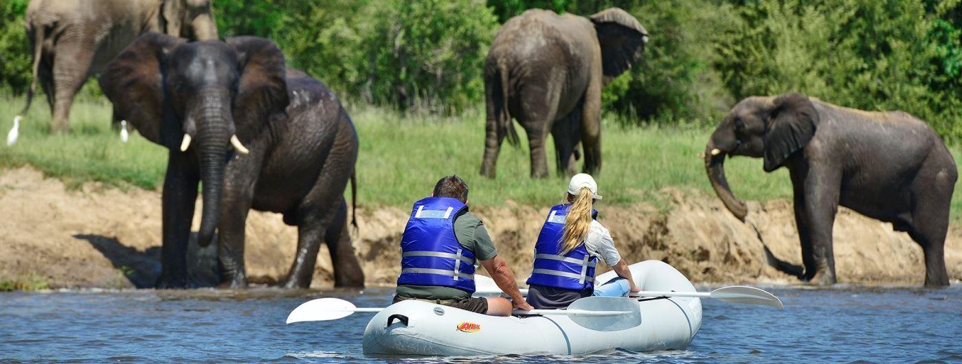 Victoria Falls River Lodge canoeing safari