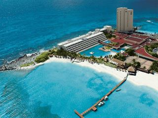 Aerial view of Dreams Cancun - Cancun Holidays