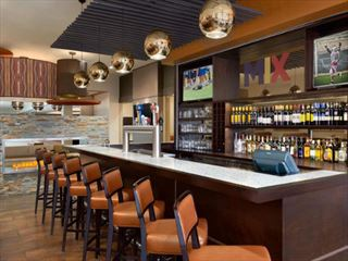 Delta Hotels by Marriott Saint John bar