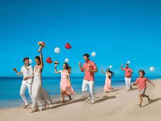 Wedding fun & frolics at Dreams Palm Beach