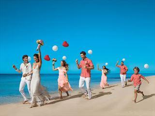 Wedding fun & frolics at Dreams Palm Beach
