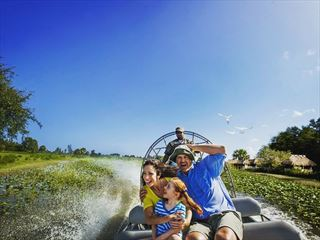 Everglades family airboat tour