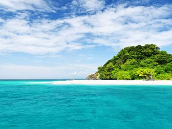A beginner's guide to island hopping in Thailand