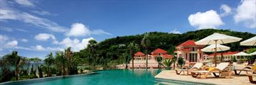 Centara Grand Beach Resort Phuket, Poolside