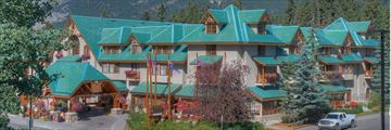 Exterior of Banff Caribou Lodge