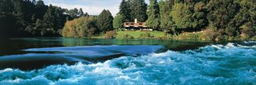Huka Lodge, Exterior and Grounds