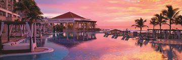 Hyatt Zilara Cancun, Pool and Pelicanos at Sunset