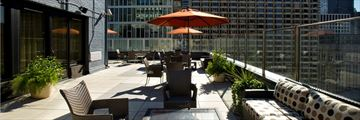 Rooftop Lounge at Inn of Chicago