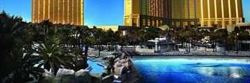 Mandalay Bay Resort and Casino, Exterior and Pool