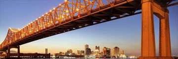 New Orleans' bridge across Mississippi River