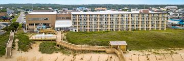Ramada Plaza Nags Head Beach, Exterior and Deck