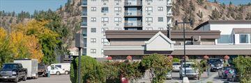 Sandman Hotel & Suites Kelowna, Exterior