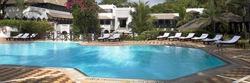 Hotel Exterior and Pool at Serena Beach Resort & Spa