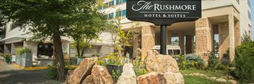 Exterior and Entrance at The Rushmore Hotel & Suites, Rapid City