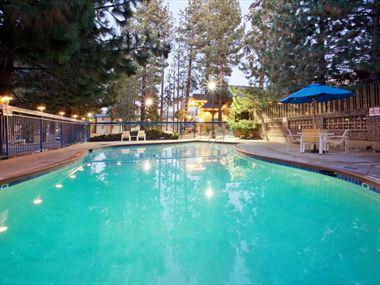 Pool, Holiday Inn Express South Lake Tahoe