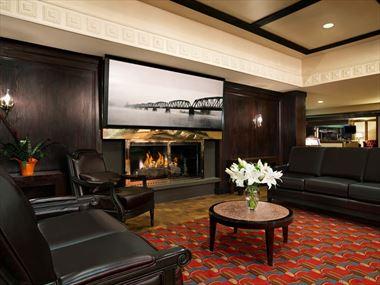 Coast Inn of the North lobby