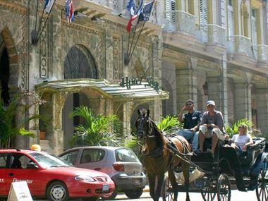 Hotel Sevilla exterior