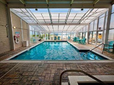 Ramada Plaza Nags Head Hotel swimming pool