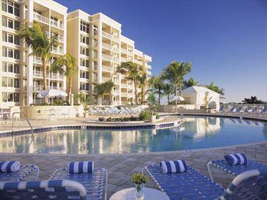 Marco Beach Ocean Resort pool