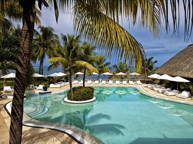 The pool at Maritim Resort & Spa