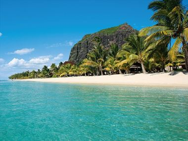 Luxury holidays in the Indian Ocean with LUX* Resorts
