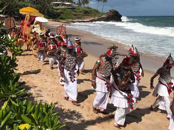 Traditional Kandyan dancers and drummers