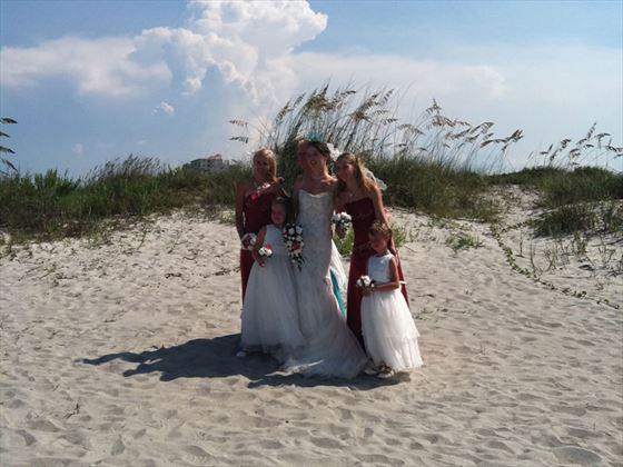 Cocoa Beach, Bride and bridesmaids