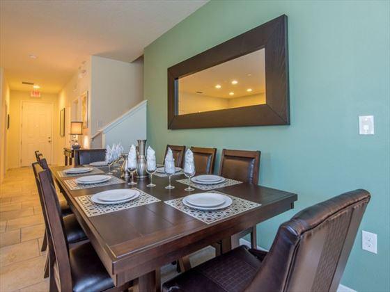 190 Solterra dining area