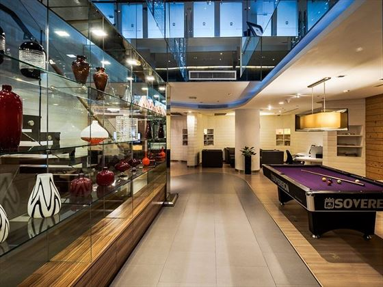 Lounge area with pool table