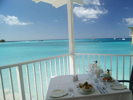 Beachside dining at Aquatica Beach Resort