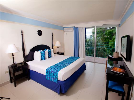 Sunset Beach Resort and Waterpark bedroom