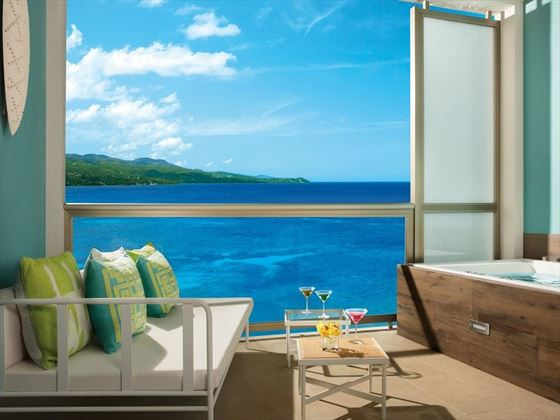 Junior Suite Ocean View balcony