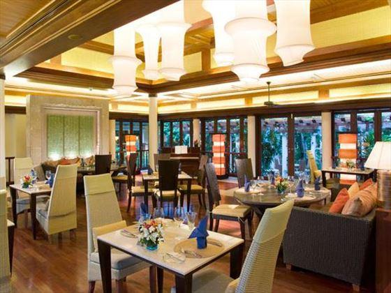 Centara Grand Beach Resort restaurant