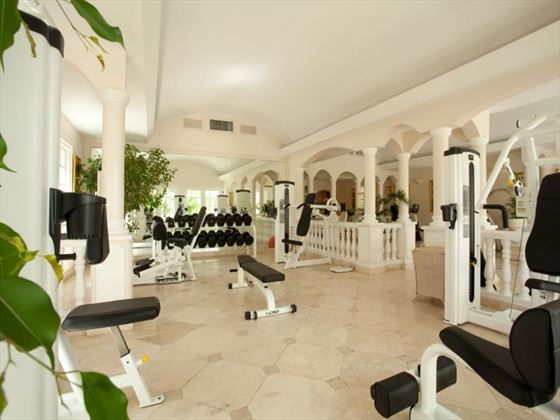 Coco Reef Resort gym