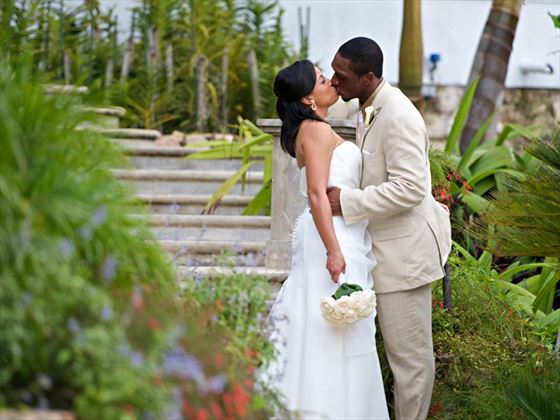 Bride & Groom at Round Hill Hotel and Villas