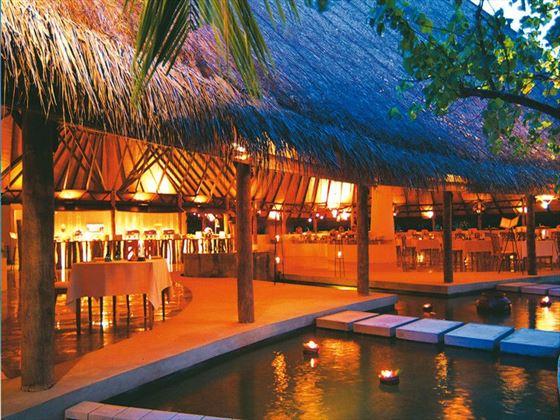 Cowrie Restaurant at Coco Palm Dhuni Kolhu