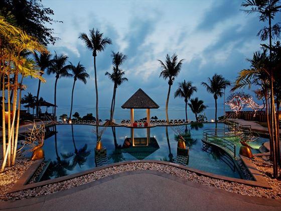 Centara Villas Samui beachfront pool