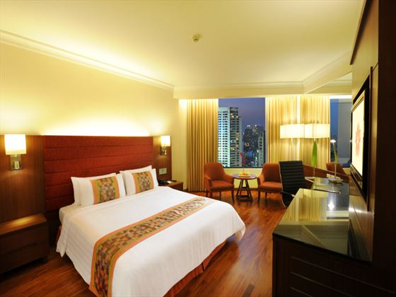 Deluxe Room at Rembrandt Hotel Bangkok