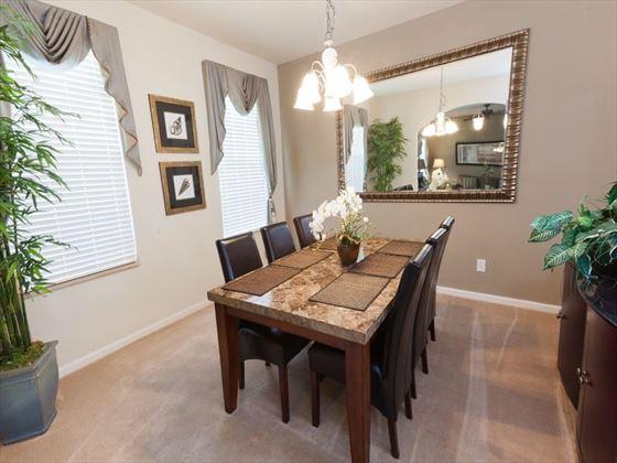 Disney Area Executive Plus Homes Dining Area