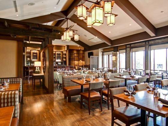 Buchanans Restaurant at Doubletree Fallsview Resort & Spa by Hilton
